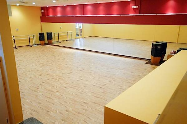 20150203 Dance Dimensions New Floor 110241 600px